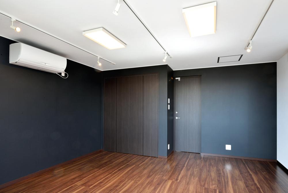 27.3階 洋  室 B