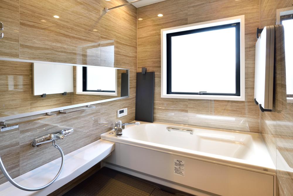 13.1階 浴 室