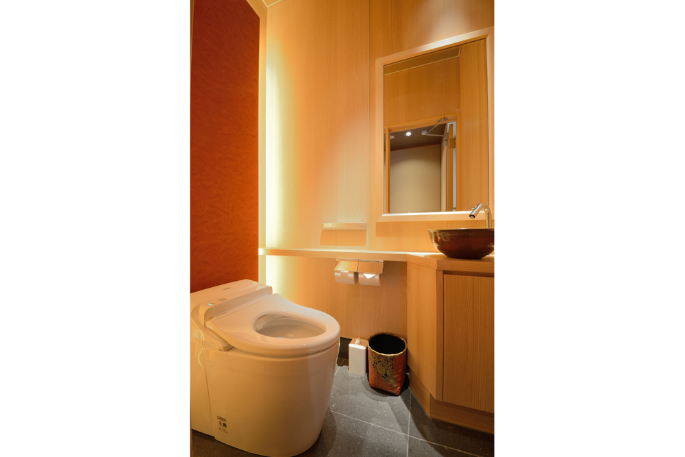 46_5階 女子トイレ